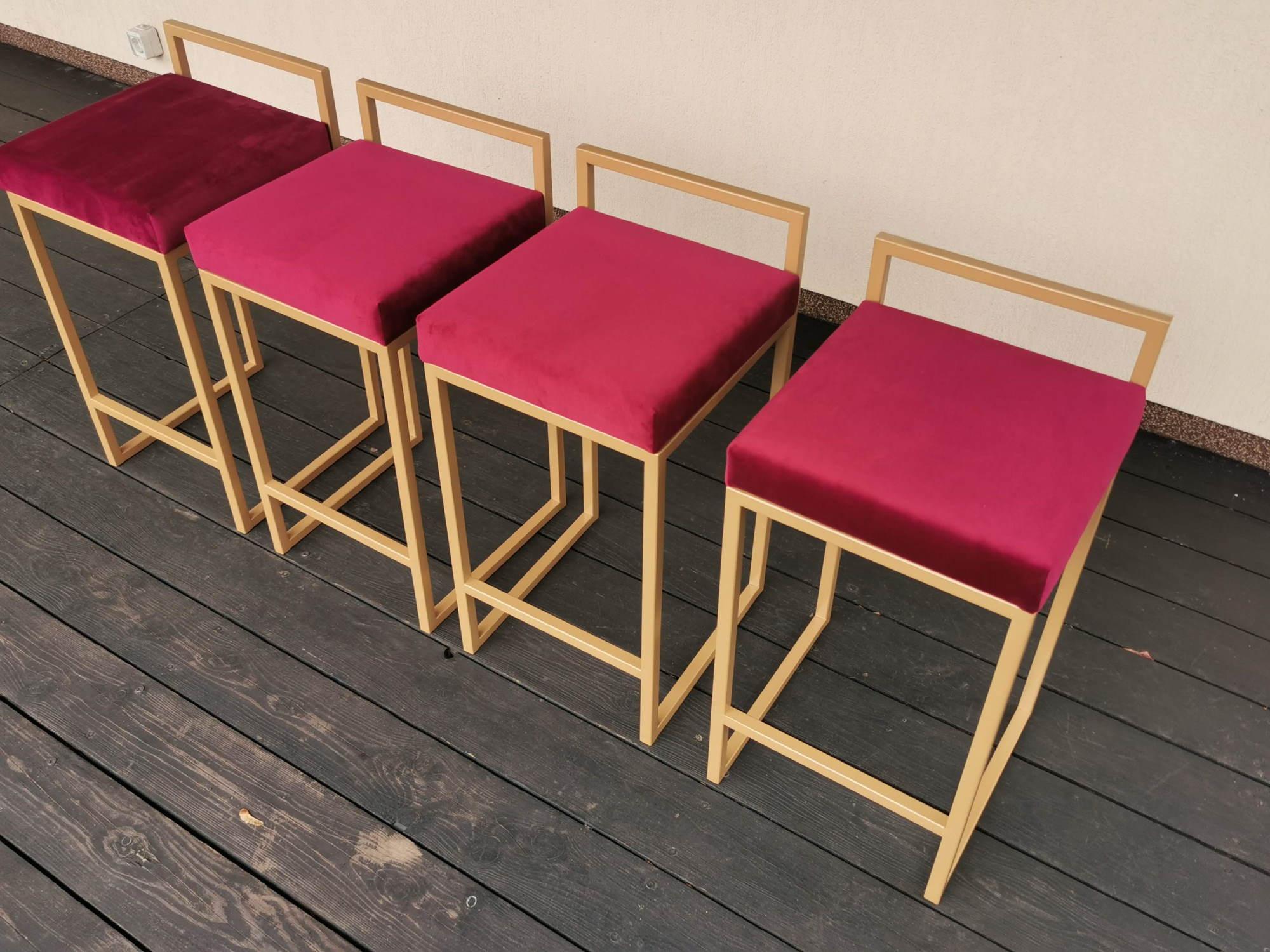Baro kėdė 6